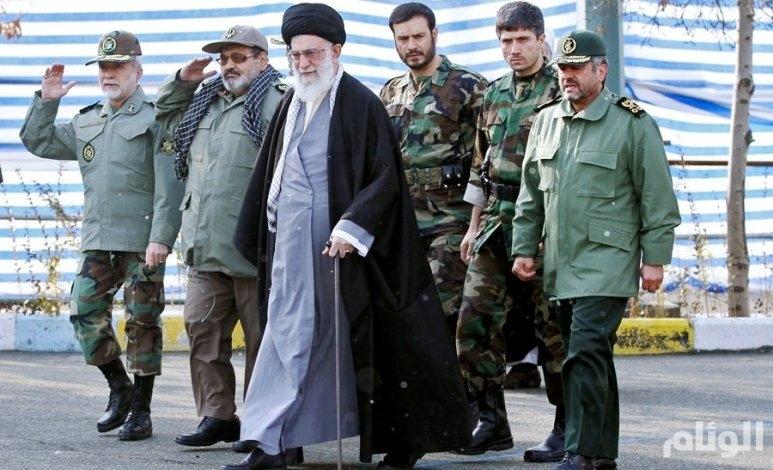 نظام الملالي يرتكب الفظائع والمجنّدون يقتلون ضبّاطهم.. ماذا يحدث في الجيش الإيراني؟
