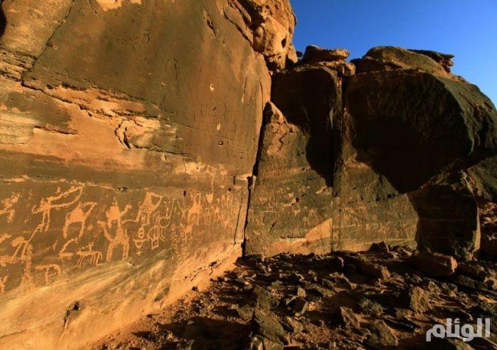 بالصور.. تعرف على أضخم متحف مفتوح للنقوش الصخرية بالجزيرة العربية