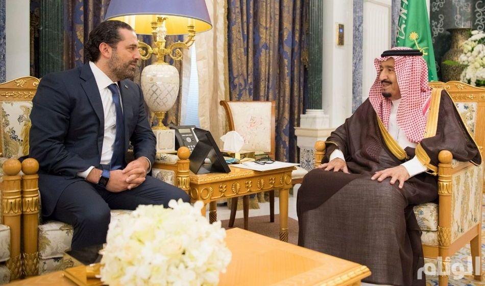 الملك سلمان يلتقي برئيس وزراء لبنان المستقيل سعد الحريري