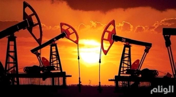 أسعار النفط تستقر وسط إشارات متباينة
