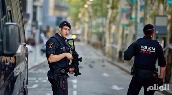 الشرطة الإسبانية تطلق النار على فرنسي هتف «الله أكبر»
