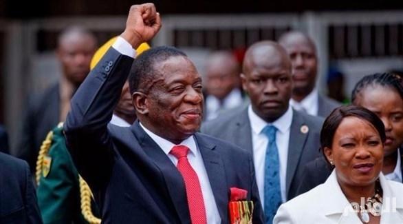 «إمرسون منانغاغوا» يؤدي اليمين رئيساً لزيمبابوي
