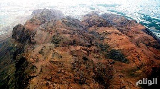 بالصور: «جبل أحد» الأشهر والأبرز في الجزيرة العربية.. معلم يروي تاريخ النبوة