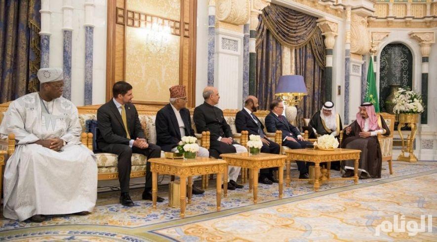 الملك سلمان يتسلم أوراق اعتماد عدد من سفراء الدول الشقيقة والصديقة