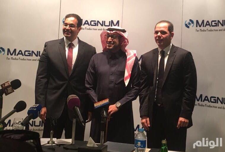 قناة السعودية: توقيع عقد مسلسلين للنجمين عادل إمام وعمرو يوسف للعرض في رمضان