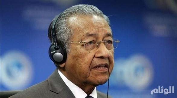 مهاتير محمد: لا دليل على أن روسيا مسؤولة عن إسقاط الطائرة الماليزية