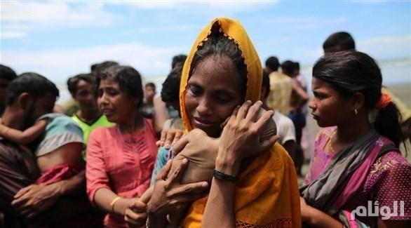 منظمة: جيش ميانمار اغتصب وقتل المئات في قرية للروهينجا المسلمين