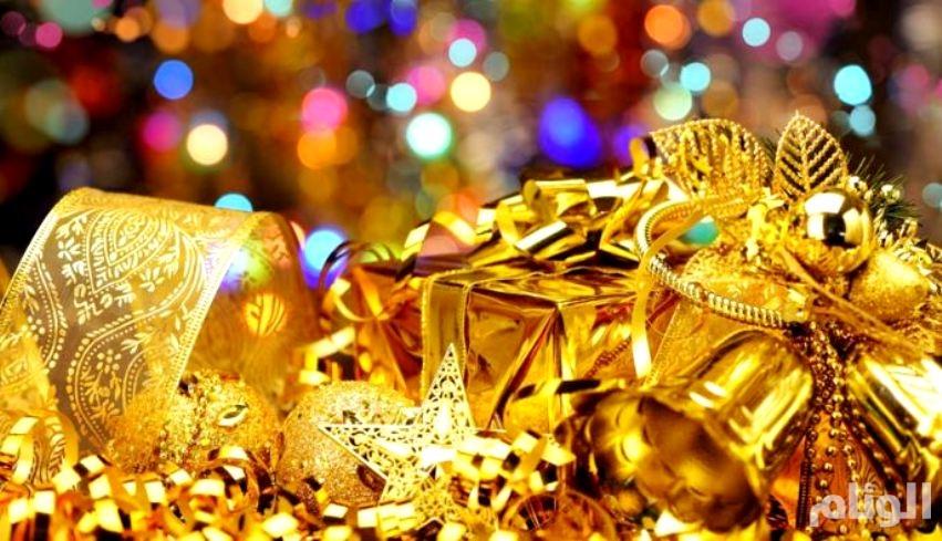 ارتفاع أسعار الذهب مع تخلي الدولار عن مكاسبه