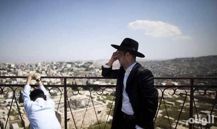بطلب من 17 عائلة: إسرائيل تفتح مقابر أطفال لحل لغز عمره 70 عاماً