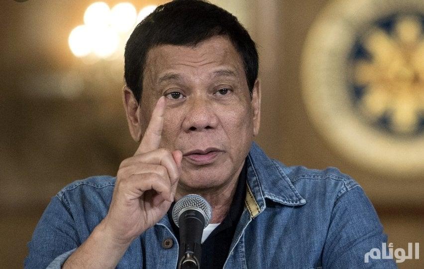 الرئيس الفلبيني يأمر باعتقالات على خلفية فضيحة تتعلق بغسل الكلى