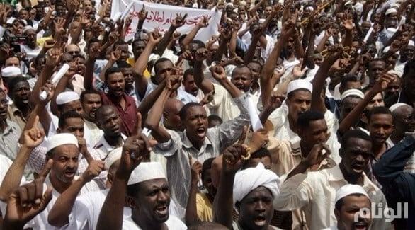 السودان: تفريق مظاهرات في أم درمان ضد الغلاء بالغاز المسيل