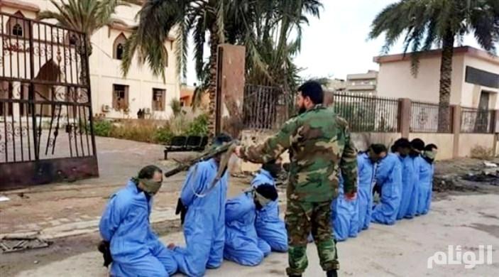 غضب دولي بعد قيام الرائد الورفلي بإعدام «10» إرهابيين أمام مسجد في ليبيا