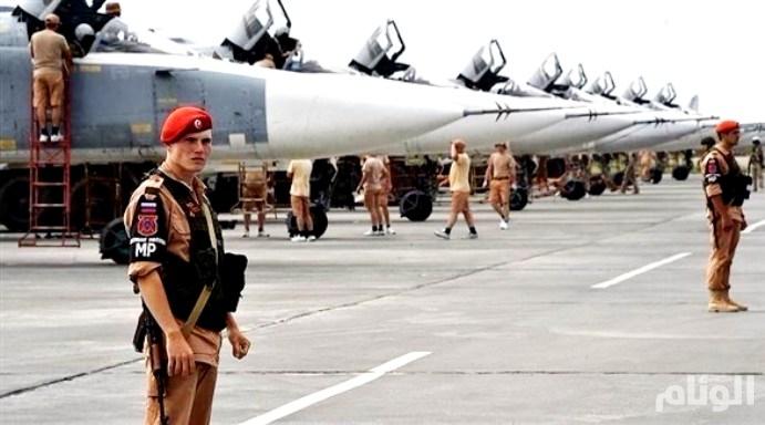 انفجارات شديدة تهز مطار حميميم الروسي