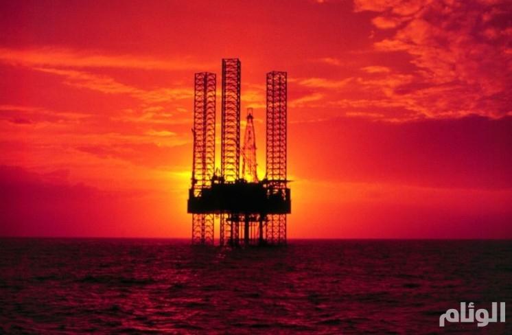 النفط يتراجع بعد تهديد ترامب