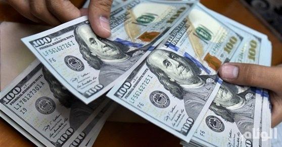 الدولار عند أعلى سعر في 16 شهرًا