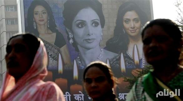 الهند: الآلاف يحتشدون لحرق جثة نجمة بوليوود سريديفي