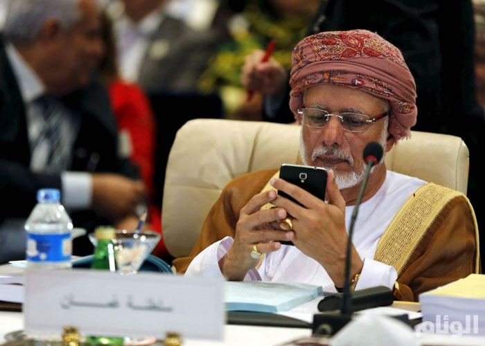 مسؤول كبير بسلطنة عمان يزور إيران يوم السبت