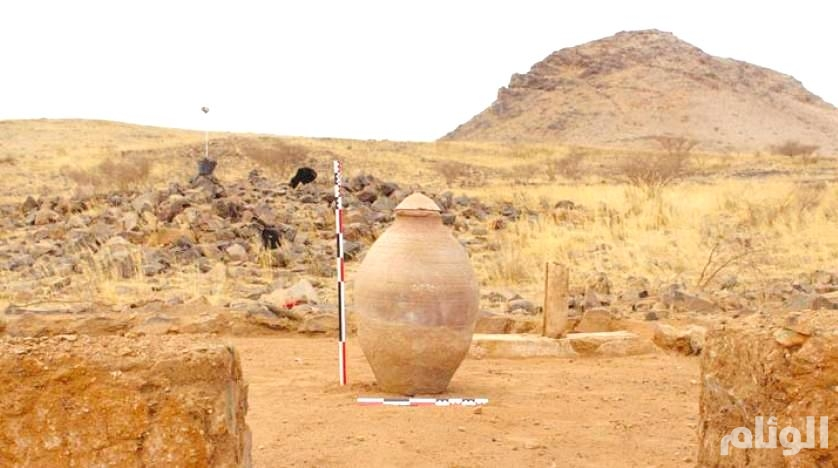 اكتشاف مسجد وعدد من مظاهر التعدين بموقع العبلاء الأثري في بيشة
