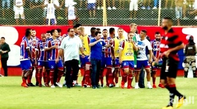 طرد 9 لاعبين في «ديربي» بالبرازيل