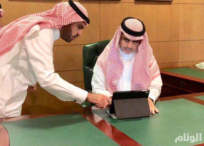 وزير التعليم يدشن البوابة الإلكترونية لملتقى تواصل الثالث