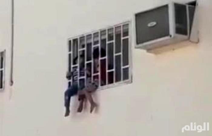 الحماية الاجتماعية تباشر حالة أطفال النافذة