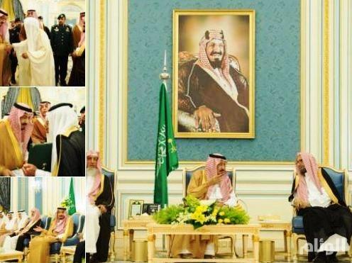 خادم الحرمين الشريفين يستقبل الأمراء ومفتي المملكة وجمعًا من المواطنين