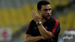 الأهلي المصري يقبل استقالة مدربه حسام البدري