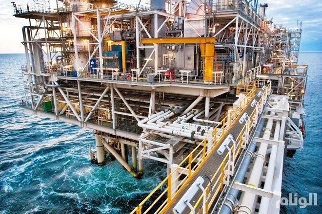 مخزونات النفط الخام الأمريكية تهبط حوالي 13 مليون برميل
