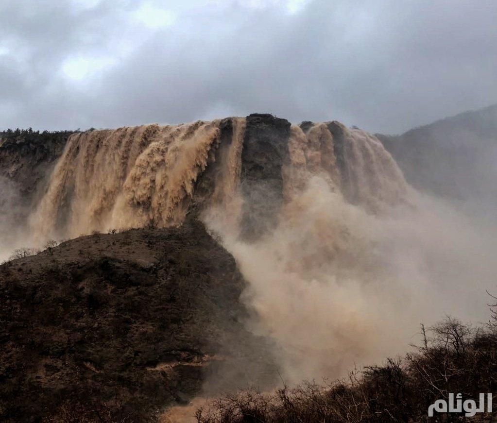 مطاردو الأمطار من السعودية إلى عمان والعودة الى الخرخير