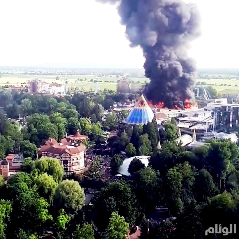 حريق ضخم يلتهم ملاهي شهيرة في أوروبا