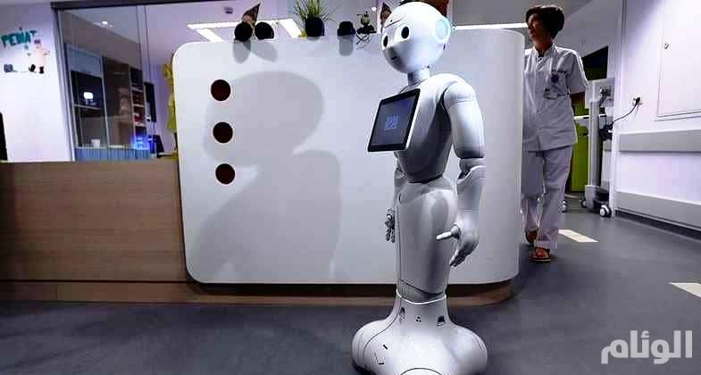 أول مصرف في العالم يعتمد «الروبوتات» بدل الموظفين