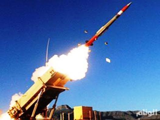 قوات الدفاع الجوي تعترض صاروخاً باليستياً على جازان