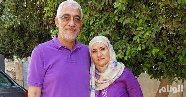 مصر.. حبس ابنة القرضاوي وزوجها بتهمة تمويل الإرهاب