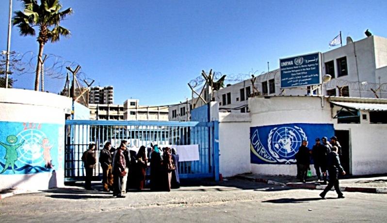 فلسطين تبحث في القاهرة مواجهة خطة أمريكية لتفكيك «الأونروا»