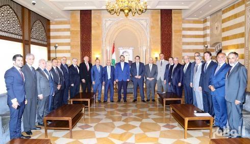الحريري يشيد بدور المملكة و ولي العهد في استقرار لبنان وازدهاره