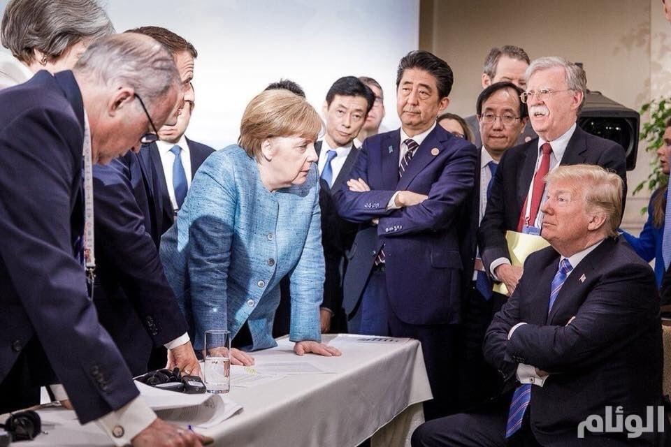 ميركل تنشر صورة غريبة تعبر عن مدى الخلاف بين ترامب ومجموعة الـ7 الإقتصادية