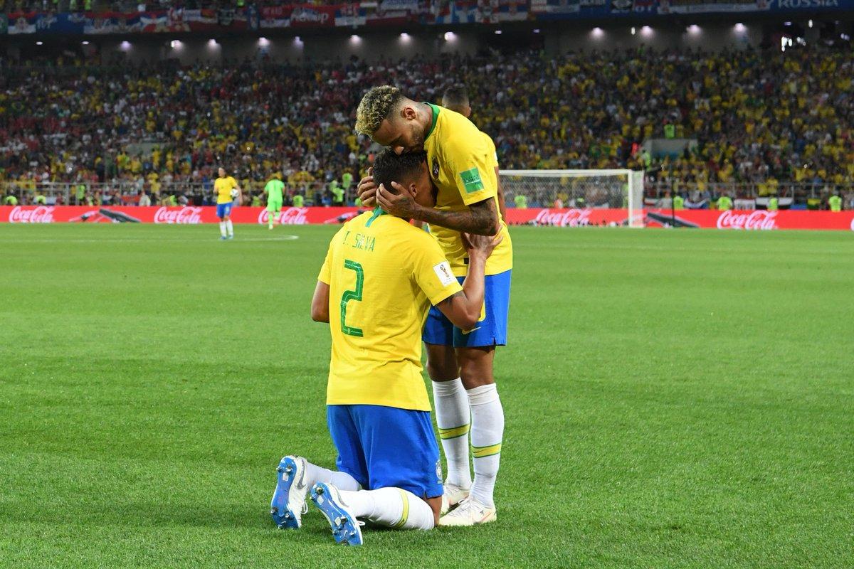 البرازيل وسويسرا يطيران لدور الـ16