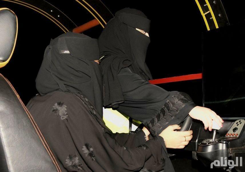 «مرور تبوك» يستعد لإصدار 60 رخصة للنساء