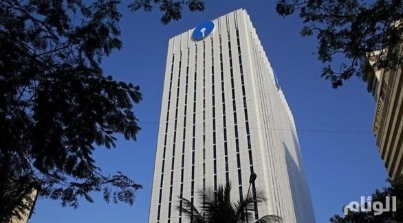 أكبر بنك هندي يوقف التعامل مع مدفوعات نفط إيران