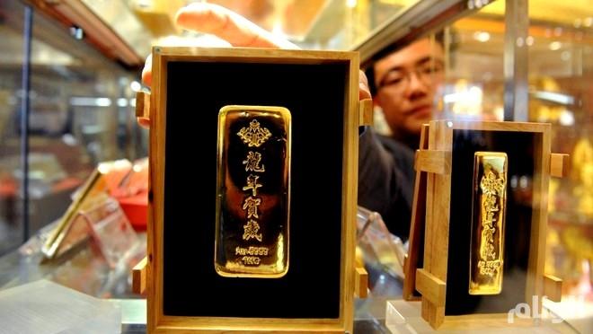 الذهب يرتفع كملاذ آمن بفعل التوترات التجارية