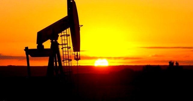 النفط يهبط بفعل ضعف أسواق الأسهم