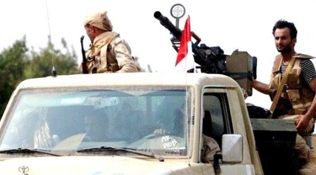 قتلى وجرحى من الحوثيين بقصف مدفعي في تعز