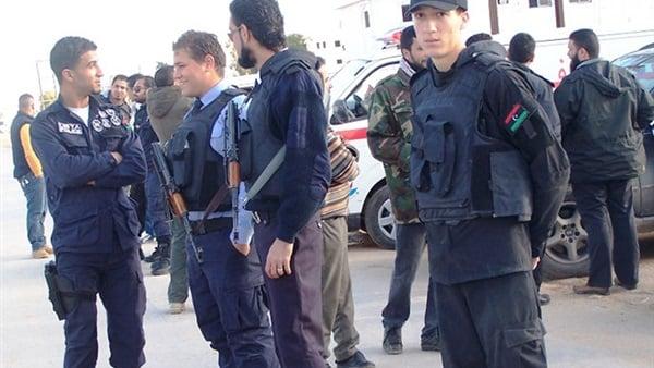 ليبيا.. قوة الردع تنفي إطلاق سراح أو هروب نزلاء من سجن معيتيقة بطرابلس