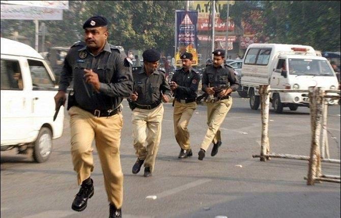 4 قتلى و25 جريحا في هجوم على تجمع انتخابي شمال غربي باكستان