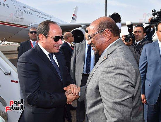 في زيارة رسمية للخرطوم .. السيسي : لدينا مصير مشترك مع السودان