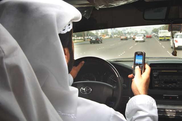 تقنية جديدة تفضح استخدام السائقين للهواتف