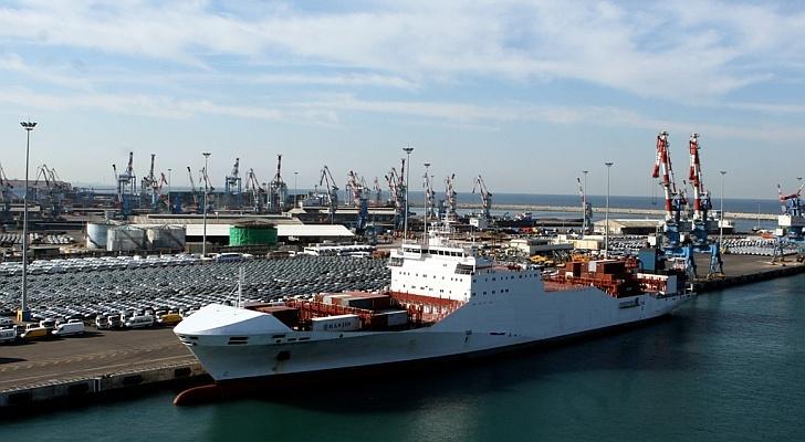 الاحتلال الإسرائيلي يحتجز سفينة في طريقها إلى غزة