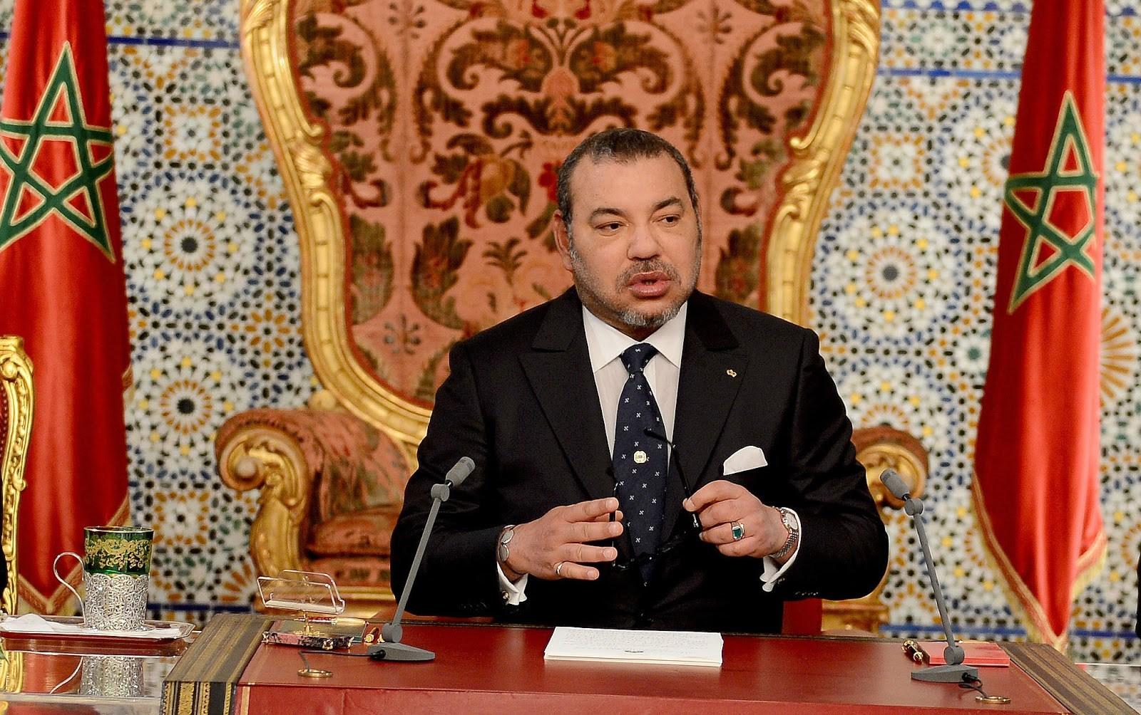ملك المغرب يدعو الحكومة لإعادة هيكلة شاملة وعميقة