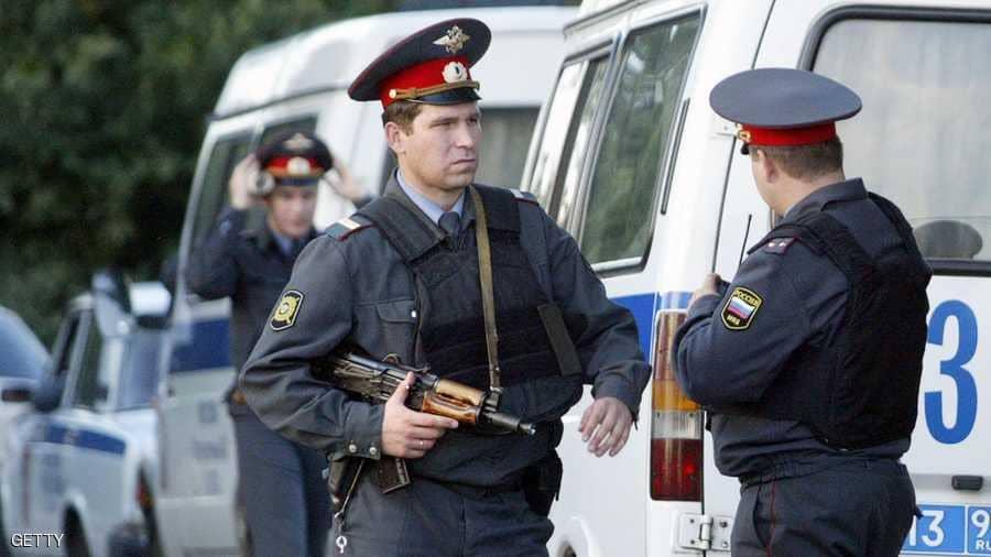 روسيا: وقف موظف عن العمل بعد وفاة سجين مختنقا بقطعة قماش