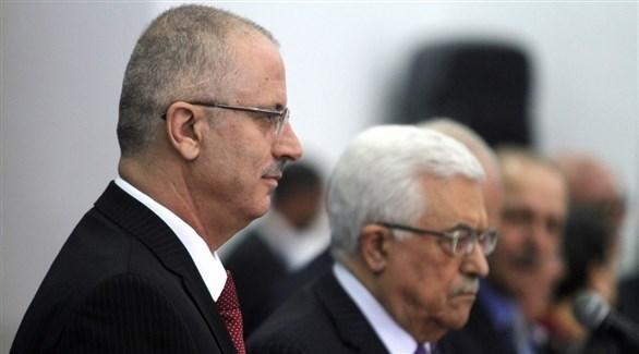 محمود عباس يدرس تشكيل حكومة تضم حماس